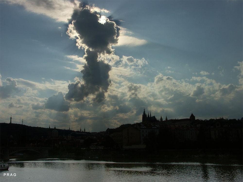Prag vor dem Gewitter