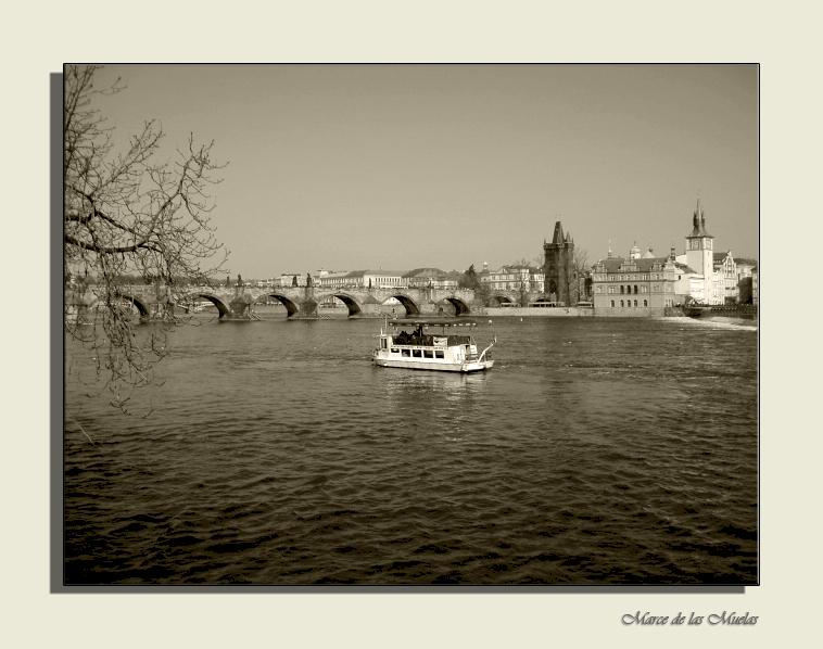 ...Praga al otro lado del rio 2...