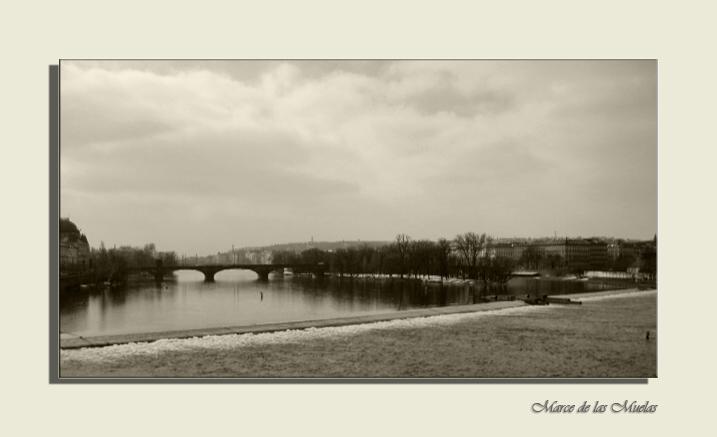 ...Praga desde el puente...