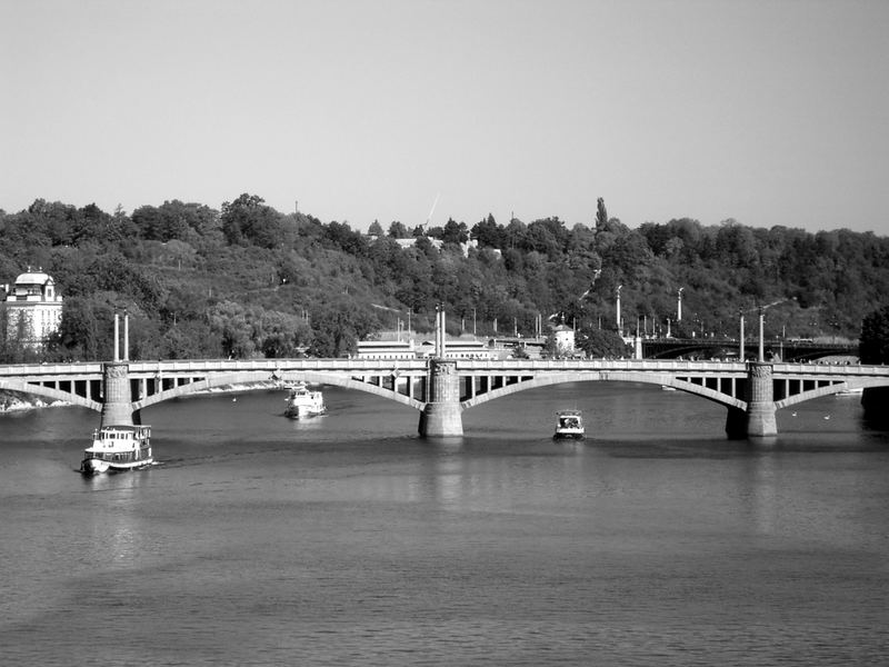 Prager Brücke...