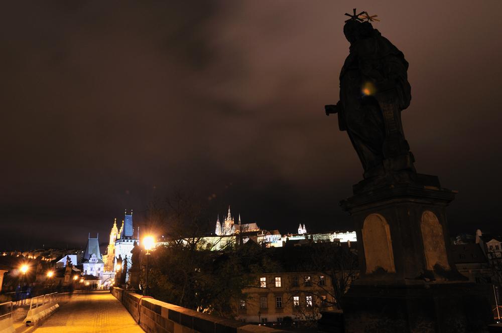 Prague la nuit 8