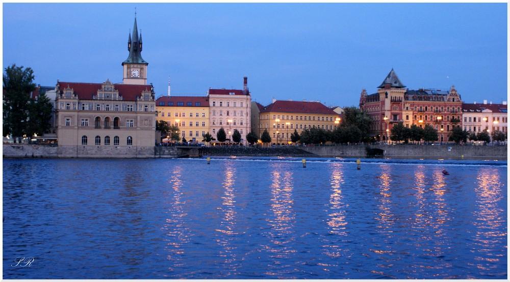 Prague Les Quais