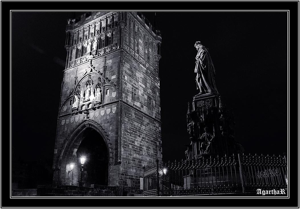 Prague&After dark-Black and white