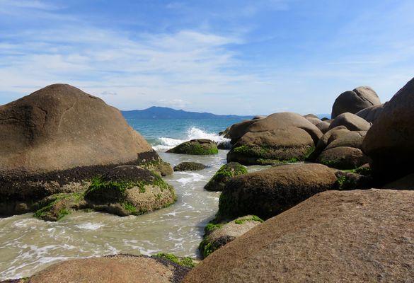 Praia Ponta das Canas