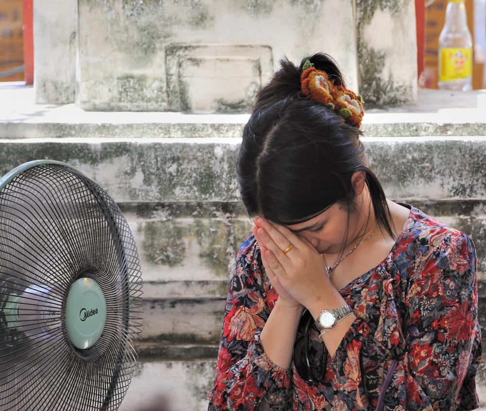 Praying 2