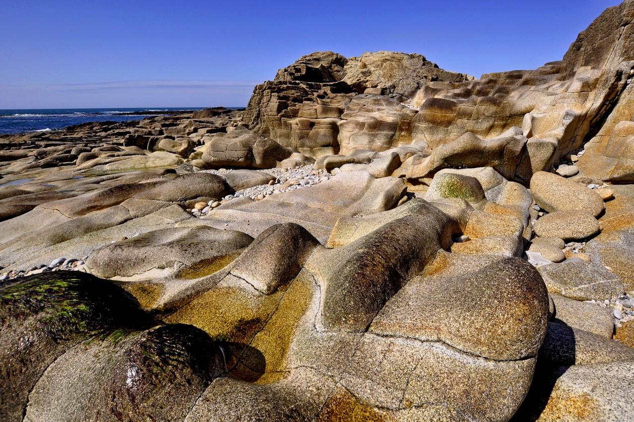 près de chez moi y'a des rochers!