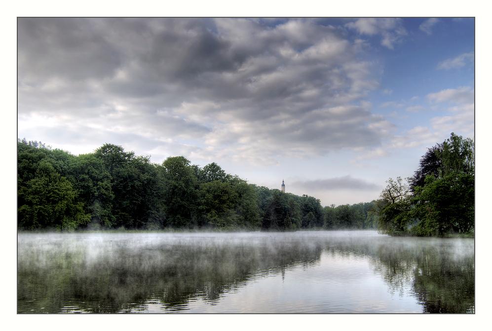 prima mattina al lago
