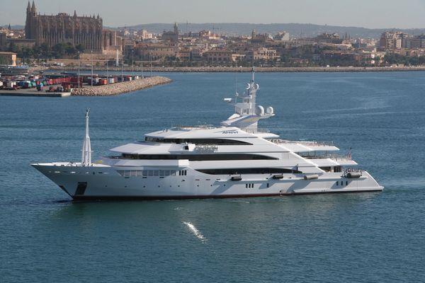 Private Luxusyacht Amevi
