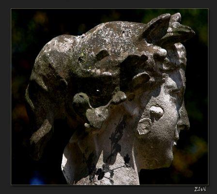 Profil de statue