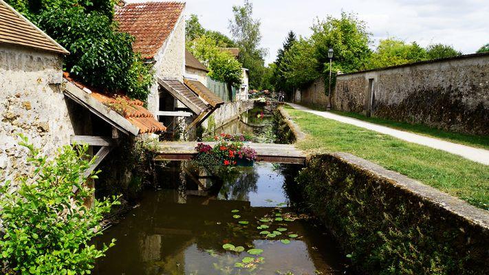 Promenade des Petits Ponts à Chevreuse.....
