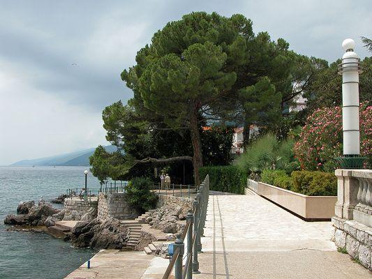 Promenade I