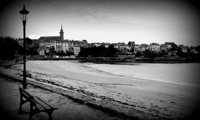Promenade sur front de mer.