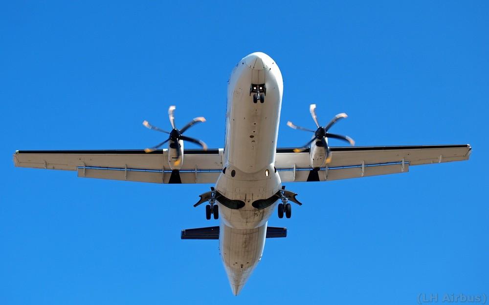 Propeller Im Endanflug / HAJ