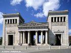 Propyläen am Königsplatz