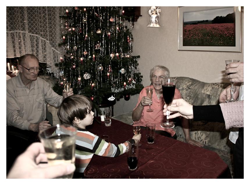 """""""Prosit! Auf Weihnachten......"""""""