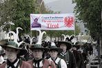 Protestmarsch der Schützen in Bruneck