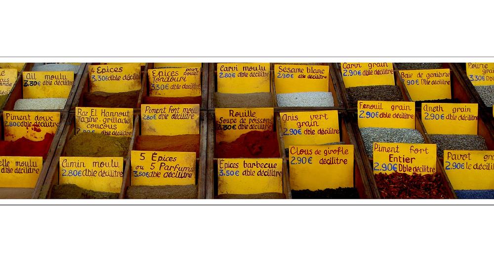 Provencalischer Duftschrank / armoire provencale des odeurs