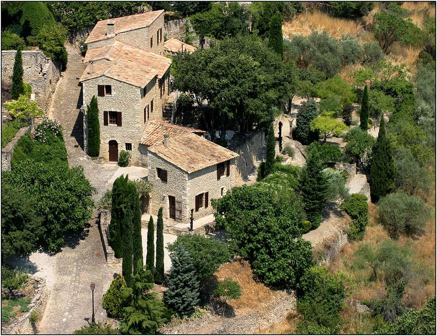 Provence-Häuser in Gordes