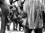 *provokantes Armuts-Hungerbild*