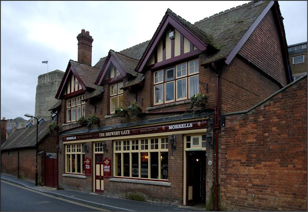 * Pub * in Oxford,