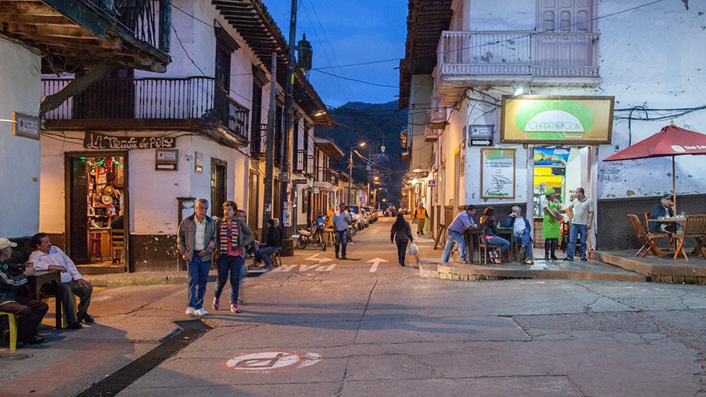 Pueblo Paisa - 3
