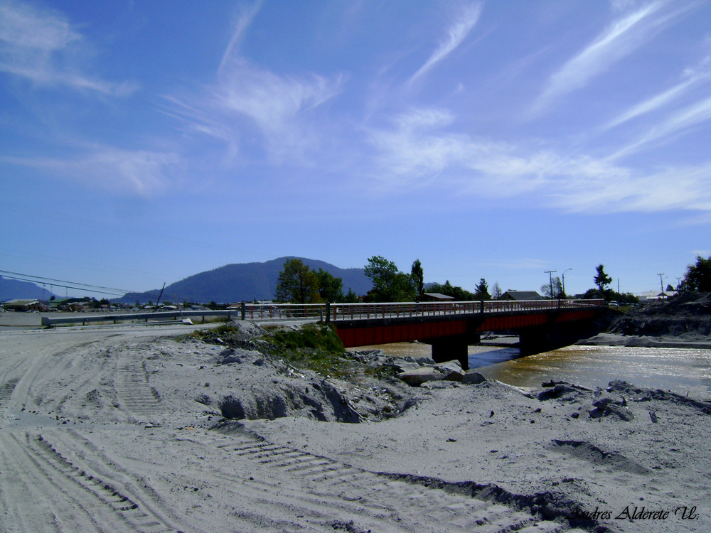 Puente Blanco CHAITEN