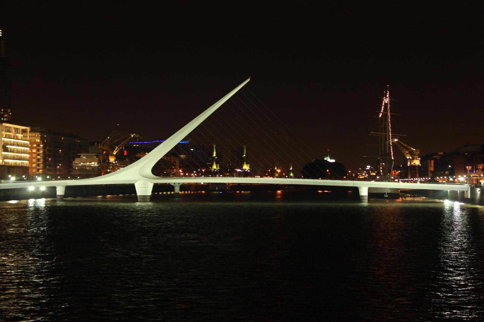 Puente de la Mujer - Buenos Aires - AR
