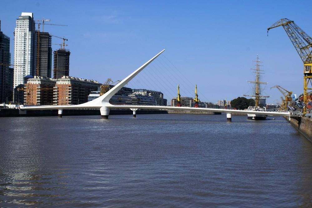 Puente de la Mujer-Puerto Madero-Argentina