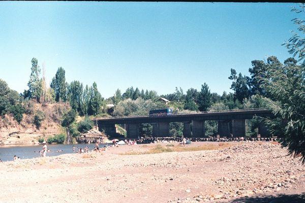 Puente del rio Itata de Quillon Chile