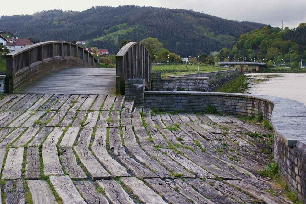 Puente sobre la Ria de Plentzia.