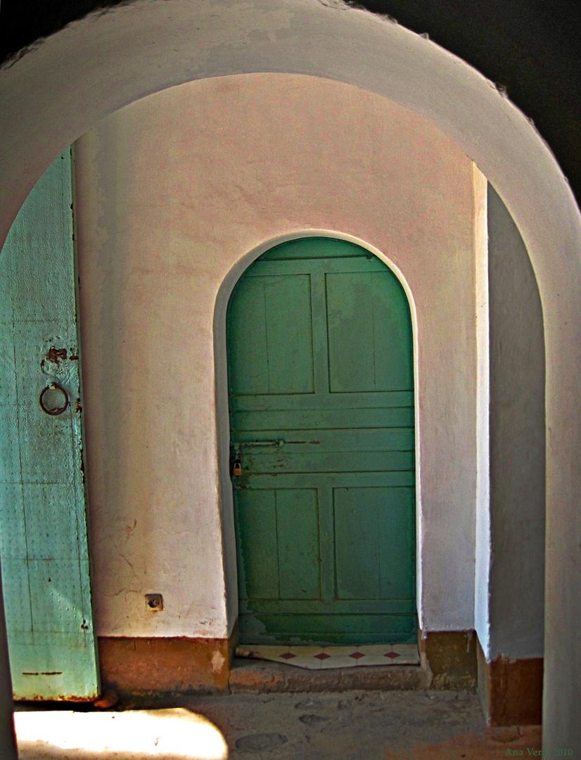 Puerta 2. Jardín de La Menara (Marrakech)