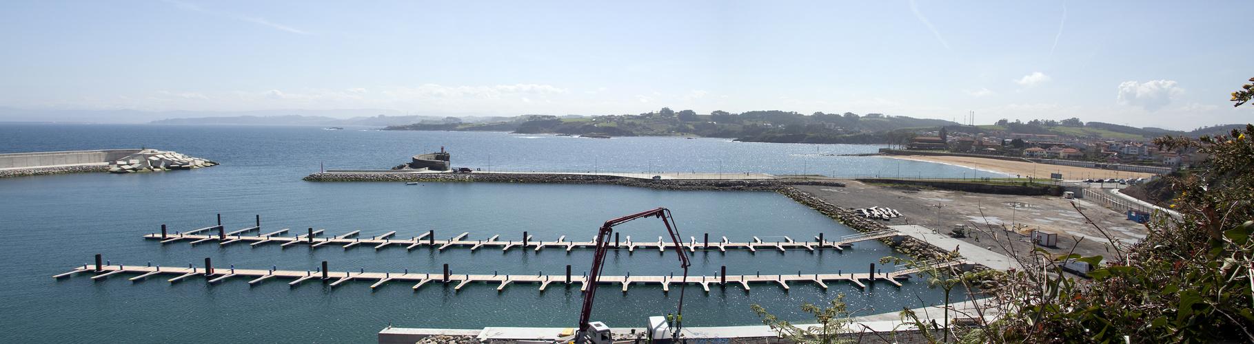 puerto deportivo luanco