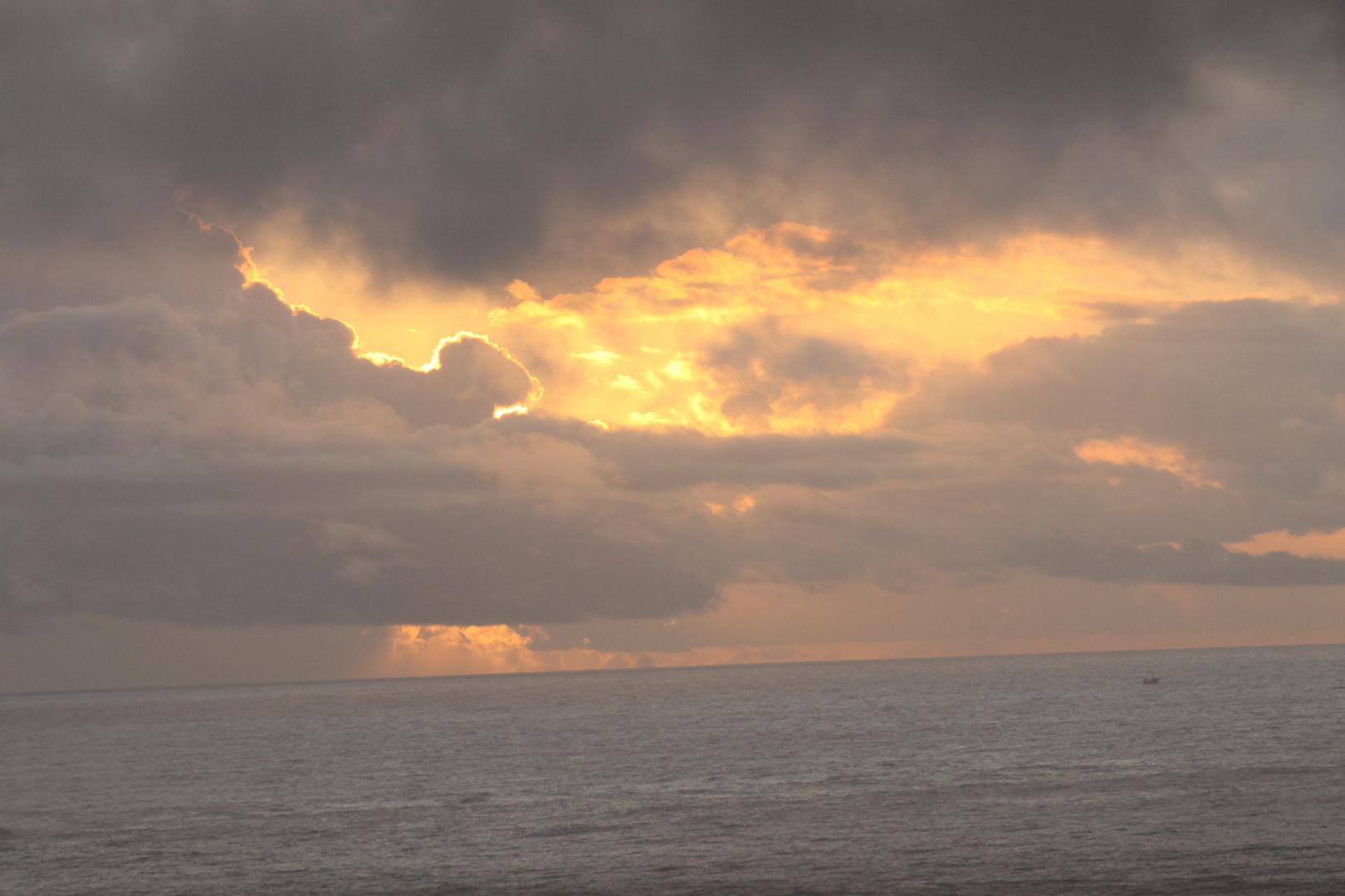 puesta de sol en cabo home