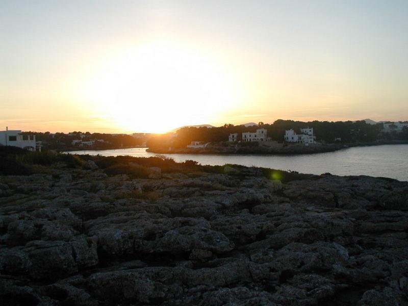 puesta de sol en Cala D'or