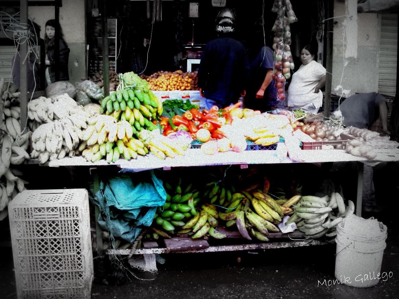 puesto de verduras en la comuna SJ