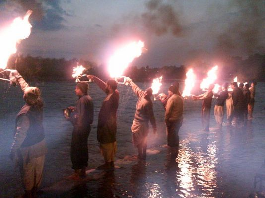 Puja am Ganges in Rishikesh