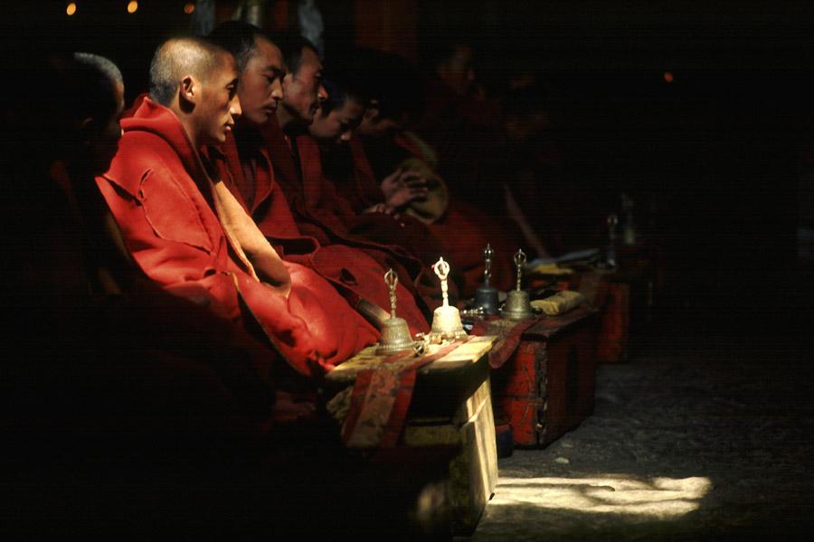 Puja im Kloster Ganden