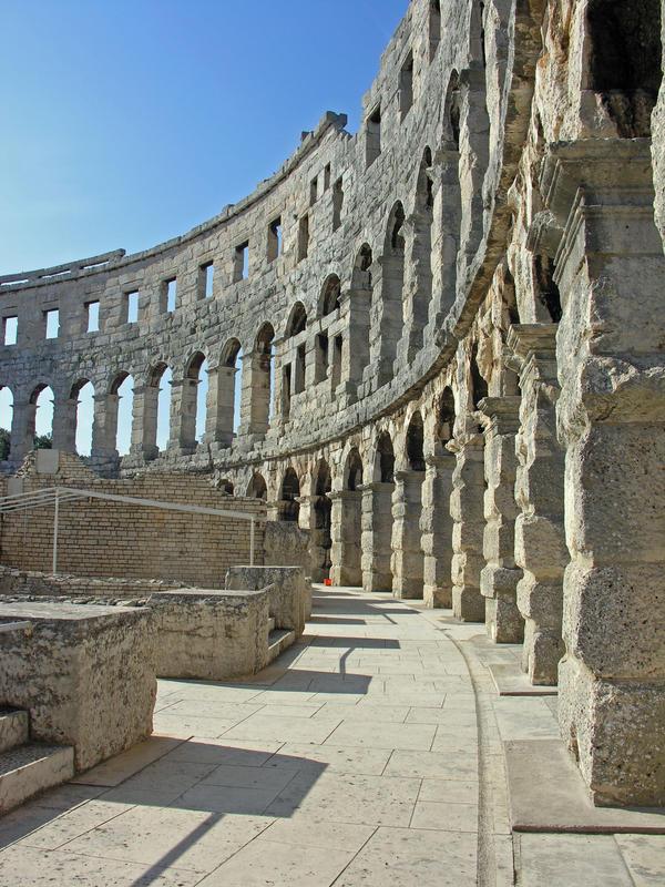 Pula - die Römer haben gut gebaut