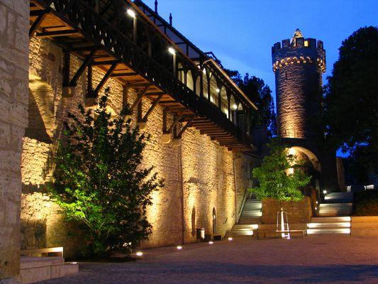 Pulverturm mit Stadtmauer; Jena