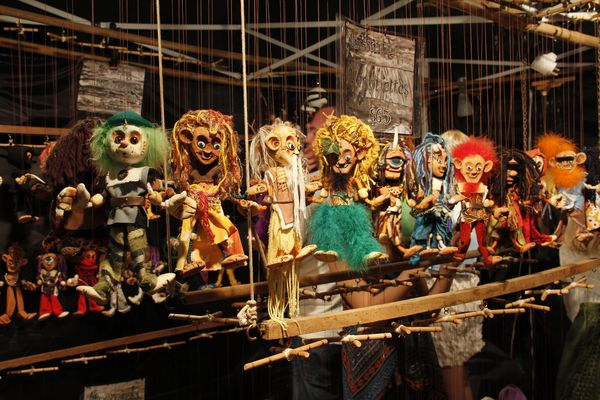 Puppets on string