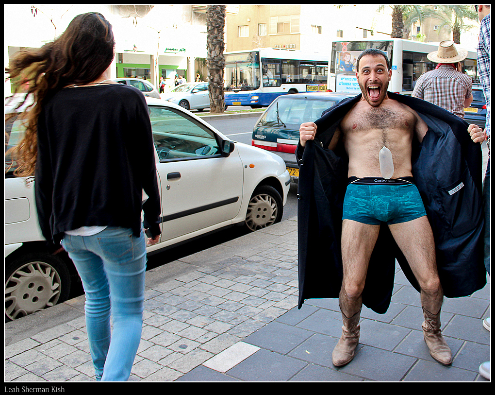 Purim 2013 : The Flasher :-)