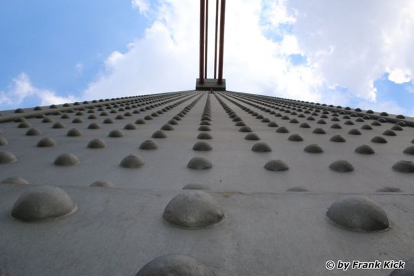 Pylon der Leverkusener Brücke
