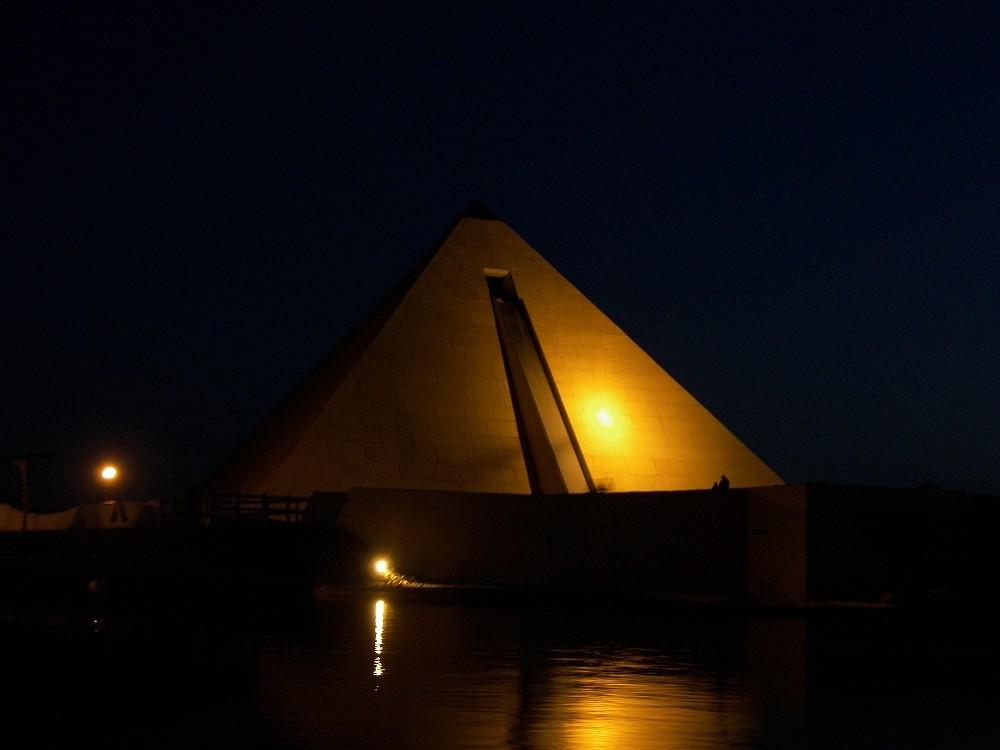 Pyramide Belantis