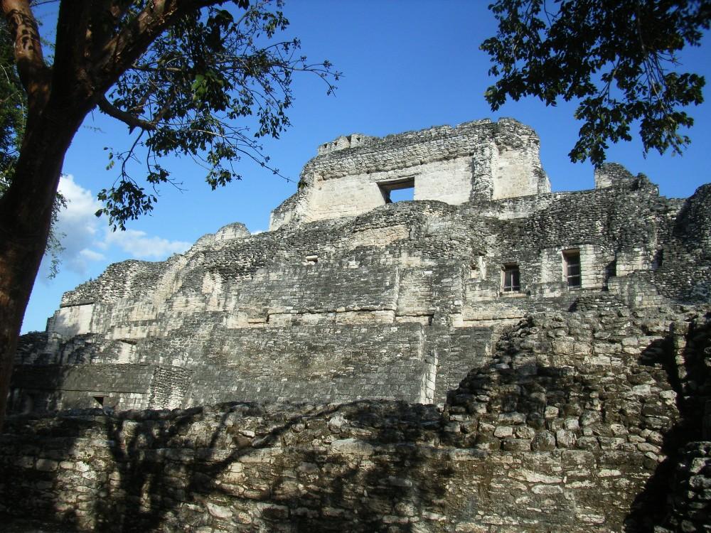 pyramide de BECAN