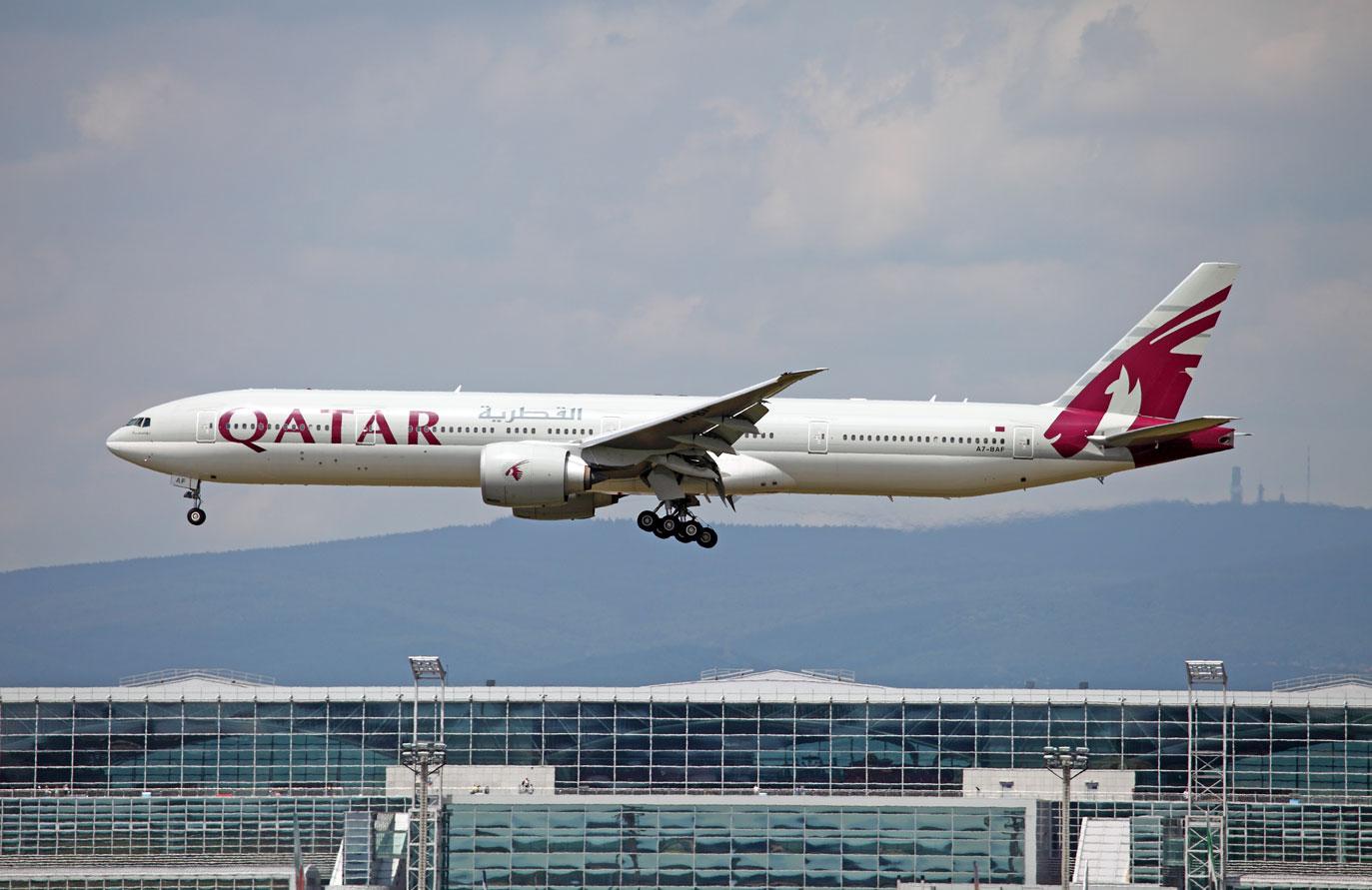 Qatar Airways Boeing 777-300 ER