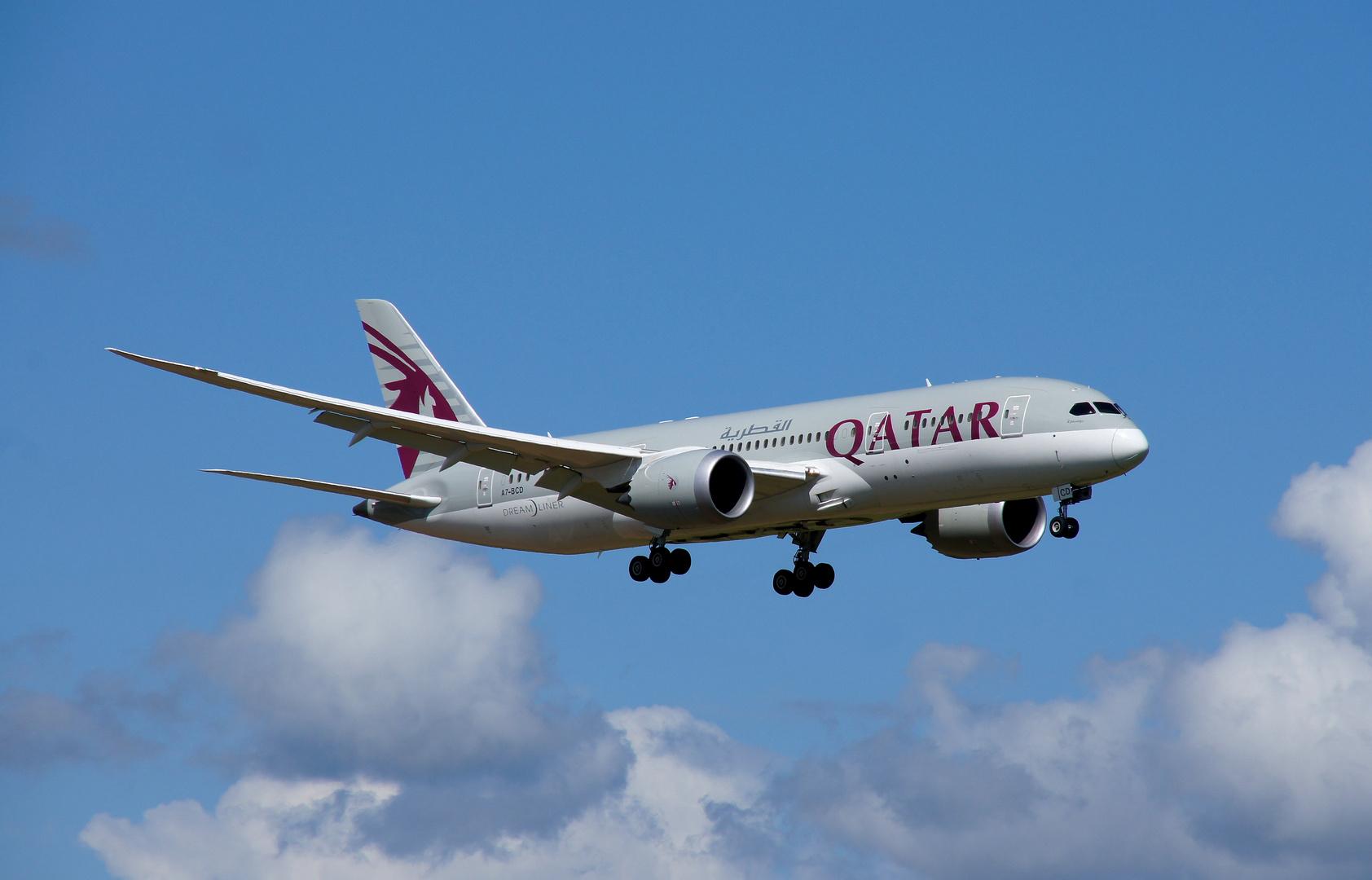Qatar Boeing 787 - Dreamliner