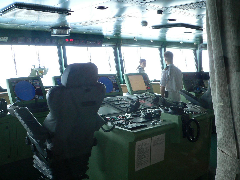 QM2-ein Blick auf die Kommandobrücke