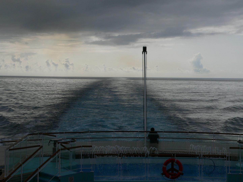 QM2-Queen Mary 2-bei schlechtem Wetter