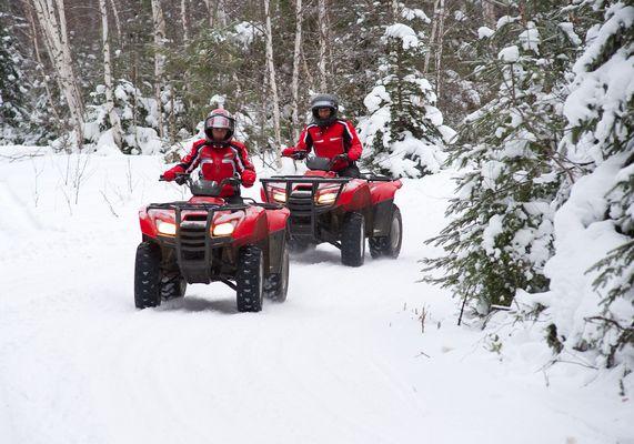 quad en hiver