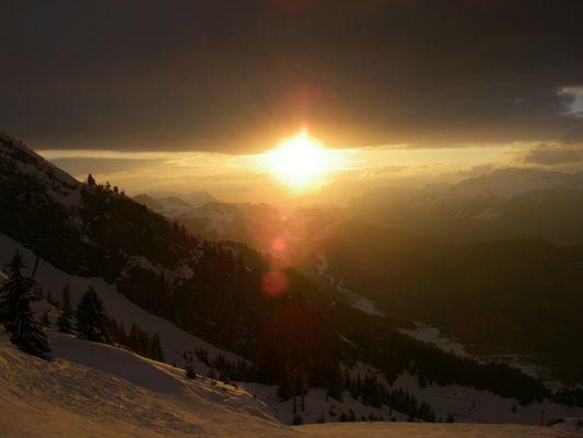 Quand le soleil se couche sur Balme